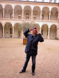 Romano Borrelli, terza laura, uno sguardo verso il cielo