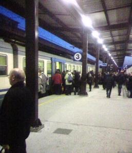 treno-pendolari-strapieno