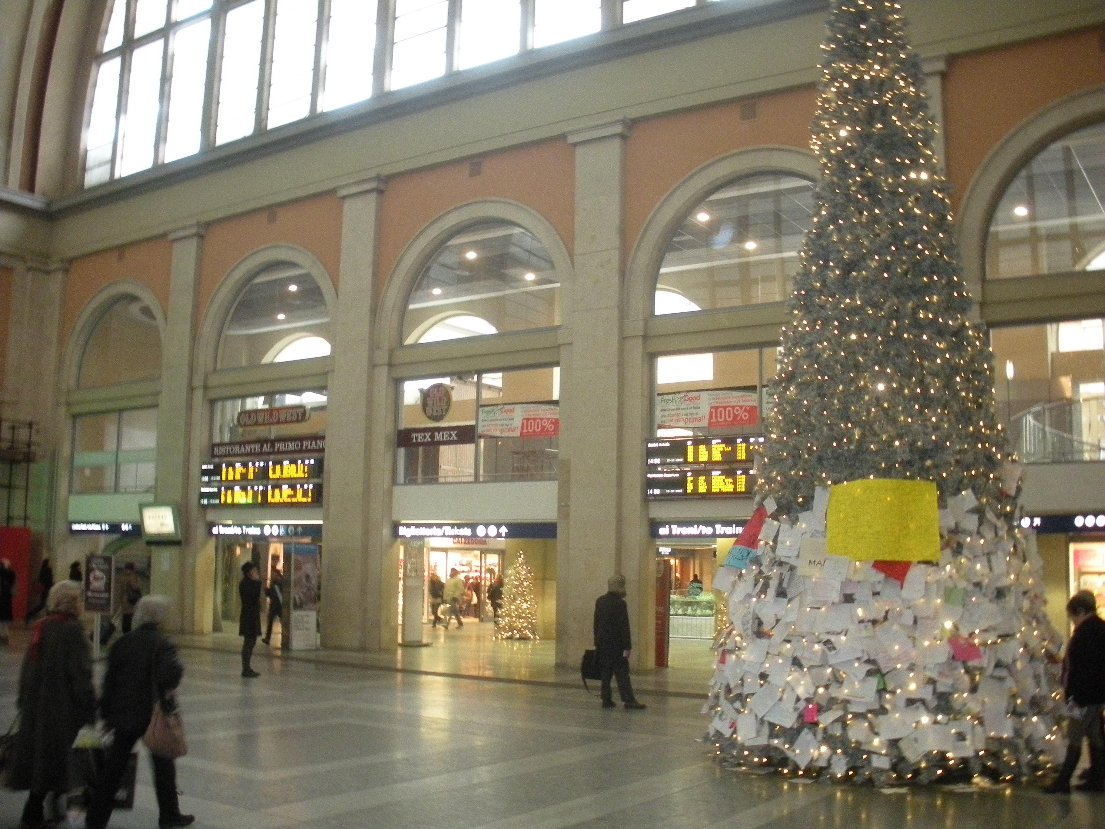 Sotto l albero il ritorno del treno notte torino lecce - Orari treni milano torino porta nuova ...