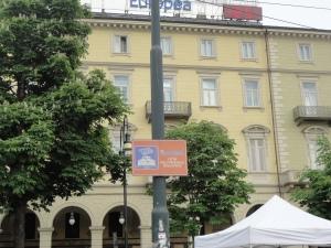 """Torino. 10 maggio. Porta Susa. """"Torino città dell'arsenale della pace""""."""