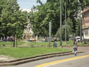 Il cammino. Piazza Statuto. Torino. Foto Romano B.