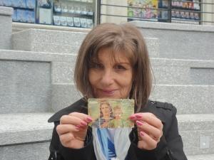 Storia di una immagine di Maria Ausiliatrce del 1973. Ritornata a casa, dopo un furto. Amorosi Teresa. Foto di Romano B.