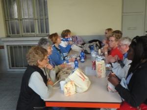 Torino 24 maggio 2014. Cortile Maria Ausiliatrice. Ore 19.15 La cena. Foto Romano Borrelli
