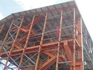 Torino 28 maggio 2014. Bandiera Pci a Parco Dora. Foto, Romano Borrelli