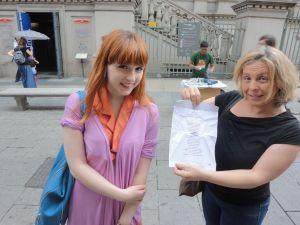 Torino 24 giugno 2014-Ai piedi della Mole-poesia. Foto-R-Borrelli