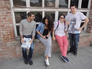 Torino 27 giugno 2014. Maturandi in attesa. Foto, Borrelli Romano