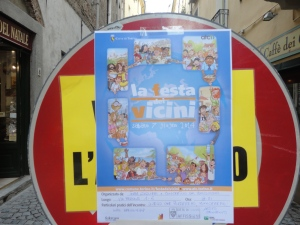 Torino. La festa dei vicini. Via dei Mercanti. Torino. . Foto, Romano  Borrelli