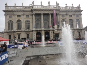 Torino 16 novembre 2014. Piazza Castello. Arrivo, Maratona. Foto, Romano Borrelli