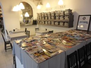 Torino, La Ristonomia, interno. Dove c'era Barattero, gastronomia, ora ristonomia. Foto, Romano Borrelli.