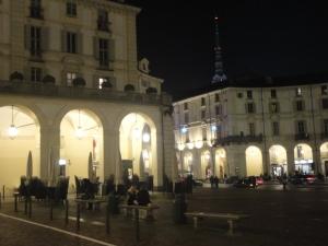 Torino, Piazza Vittorio, novembre 2014. Panchina. Foto, Romano Borrelli