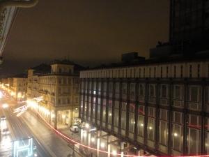 Torino, via Cernaia, Luci d'artista. Palazzo Rai. Foto, Romano Borrelli