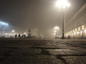 Torino 20 dicembre 2014, nebbia in Piazza San Carlo. Foto, Romano Borrelli