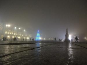 Torino 20 dicembre 2014. Nebbia.Piazza Castello. Foto, Romano Borrelli