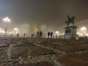 Torino, 20 dicembre, piazza San Carlo. Nebbia. Foto, Romano Borrelli
