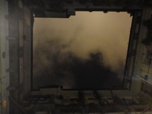 Torino 27 dicembre 2014, cielo di Torino da un cortile, foto, Borrelli Romano