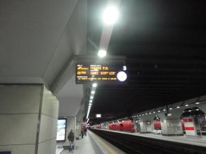 Torino 31 dicembre 2014, Porta Susa, foto, Romano Borrelli. Aspettando il Treno in ritardo.