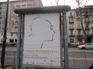 Torino, corso Regina Margherita. I Mondi di Primo Levi. Cartellone pubblicitario. foto, romano borrelli