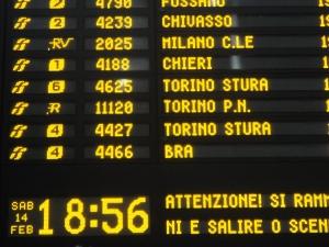 Torino Porta Susa. Tabellone. Foto, Romano Borrelli