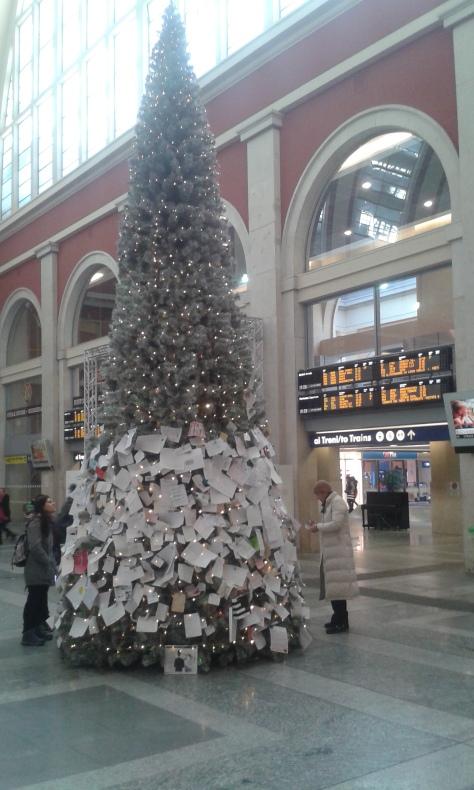 Torino 17 12 2015 foto Borrelli Romano.Porta Nuova